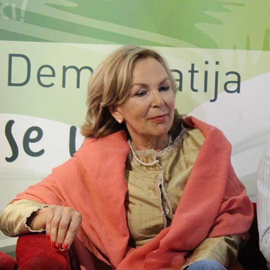 dr Slavica Perović